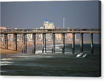 Canvas Print featuring the photograph Ocean City Fishing Pier In January by Bill Swartwout