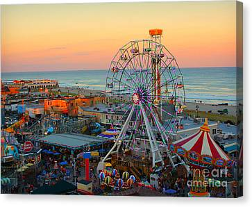 Ocean City Nj Boardwalk And Music Pier Canvas Print