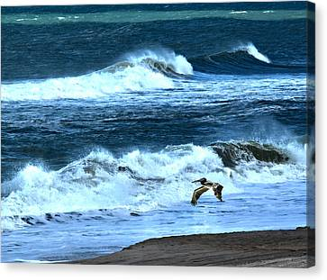 Ocean During A Storm Canvas Print by Sandi OReilly