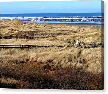 Canvas Print featuring the photograph Ocean Shores Boardwalk by Jeanette C Landstrom
