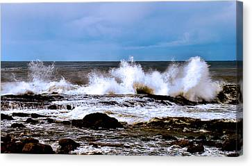 Canvas Print featuring the photograph Ocean Spray 2 by Joseph Hollingsworth
