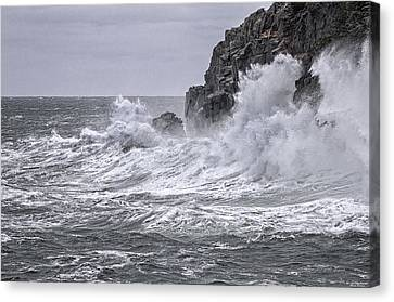 Ocean Surge At Gulliver's Canvas Print by Marty Saccone