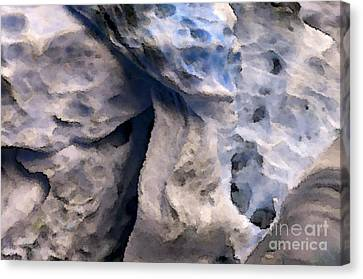 Oceans Edge Canvas Print by Gwyn Newcombe