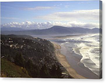 Oceanside Oregon Canvas Print by Keith Gondron