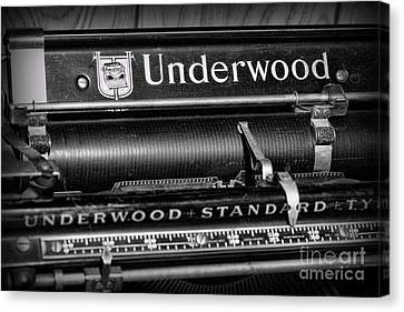 Office - Antique Typewriter Canvas Print by Paul Ward