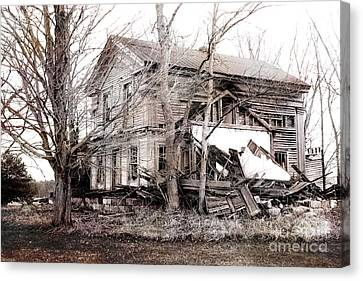 Old Abandoned Farmhouse Michigan Landscape Canvas Print by Kathy Fornal