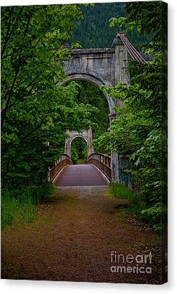 Old Alexandra Bridge Canvas Print by Rod Wiens