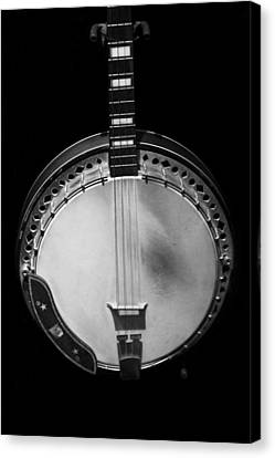Old Banjo Black And White Canvas Print by Dan Sproul