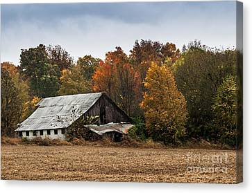 Canvas Print featuring the photograph Old Barn by Debbie Green