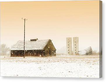 Old Barn On Highway 6 Canvas Print