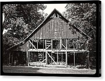 Old Barn On Hwy 161 Canvas Print by KayeCee Spain