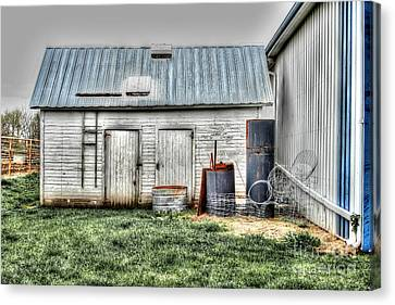 Old Barneys Barn Canvas Print by Doc Braham