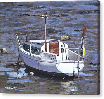 Old Boat On River Mudflats 1 Canvas Print by Martin Davey