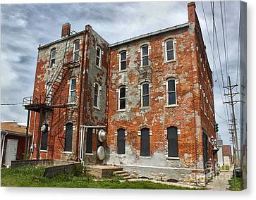 Old Brick Building In Downtown Montezuma Iowa - 02 Canvas Print by Gregory Dyer
