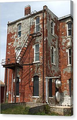 Old Brick Building In Downtown Montezuma Iowa - 03 Canvas Print by Gregory Dyer