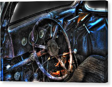 Old Car 02 Canvas Print by Andy Savelle
