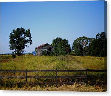 Old Country Barn Canvas Print by Maggy Marsh