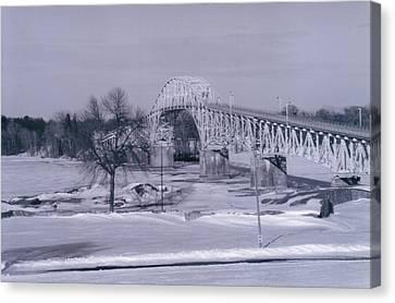 Old Crown Point Bridge In Winter Canvas Print by David Fiske