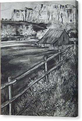 Old Farm House Canvas Print by Laneea Tolley