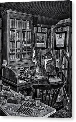 Old Fashioned Doctor's Office Bw Canvas Print by Susan Candelario