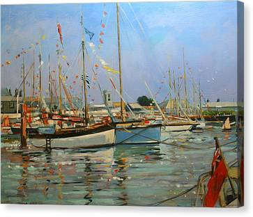 Old Gaffers  Yarmouth  Isle Of Wight Canvas Print by Jennifer Wright
