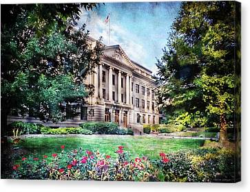 Old Guilford County Courthouse Summertime Canvas Print
