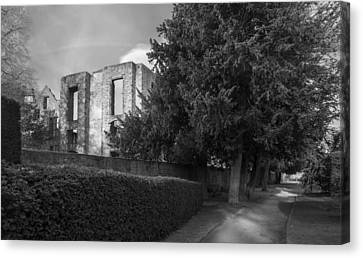 Old Hardwick Hall Canvas Print by Moments In Time Photography