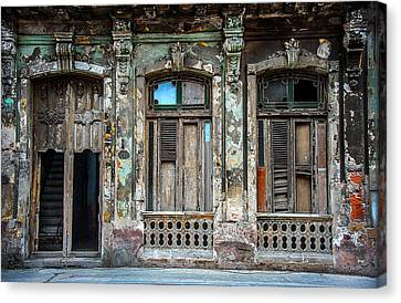 Old Havana House Canvas Print