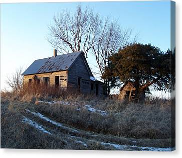 Old Homestead Canvas Print