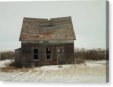 Old Homestead North Dakota Canvas Print by Jeff Swan