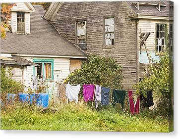 Old House With Laundry Canvas Print