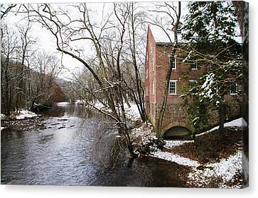 Old Mill On Yellow Breeches Creek In Mechanicsville Pa Canvas Print