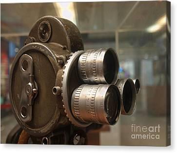 Old Movie Camera Canvas Print by Yali Shi