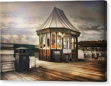 Old Pier Shop Canvas Print by Ian Mitchell