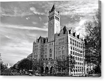 Old Post Office And Pennsylvania Avenue Canvas Print