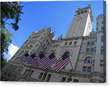 The Old Post Office Or Trump Tower Canvas Print by Cora Wandel
