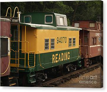 Old Reading Rr Car - Jim Thorpe Pa Canvas Print by Anna Lisa Yoder