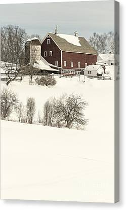 Old Red New England Barn In Winter Canvas Print by Edward Fielding