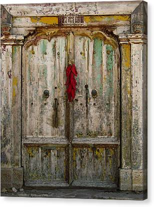Old Ristra Door Canvas Print by Kurt Van Wagner