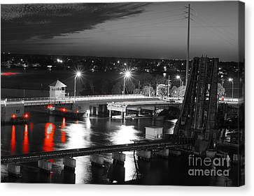 Old Roosevelt Bridge And Comet Pan-starrs Canvas Print by Lynda Dawson-Youngclaus