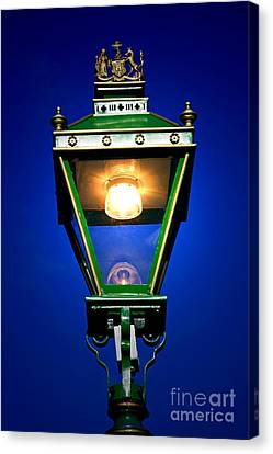 Canvas Print featuring the photograph Old Streetlamp by Craig B