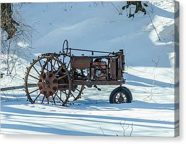 Old Tractor Canvas Print by Rhys Templar