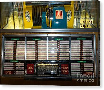 Old Vintage Seeburg Jukebox Dsc2760 Canvas Print by Wingsdomain Art and Photography