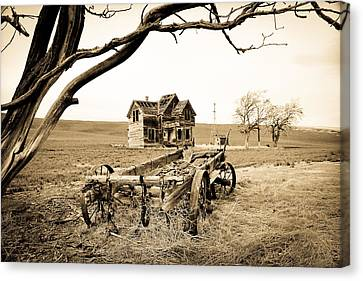 Old Wagon And Homestead II Canvas Print by Athena Mckinzie