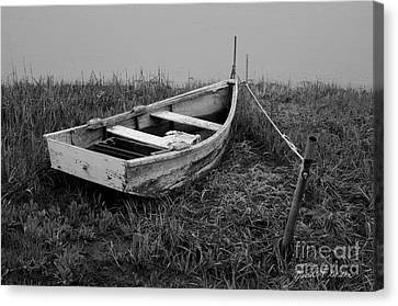 Old Wooden Rowboat II Canvas Print by Dave Gordon