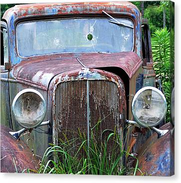 Ole Chevy Canvas Print by Leon Hollins III