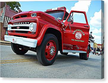 Ole Time Fire Truck Canvas Print by Kelly Kitchens