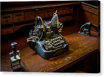 Oliver Typewriter Canvas Print by Chuck De La Rosa