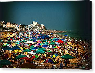 On The Beach In August Canvas Print by Bill Swartwout