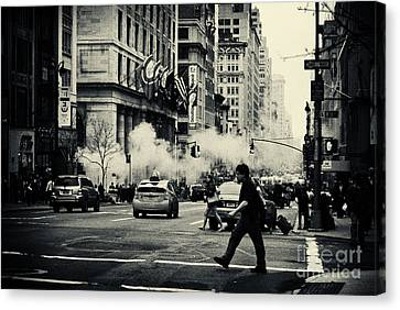 On The Streets Of New York 2 Canvas Print by Sabine Jacobs